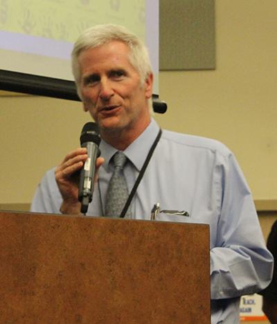 Pima Butte Principal Randy Lazar. Photo by Devin Carson