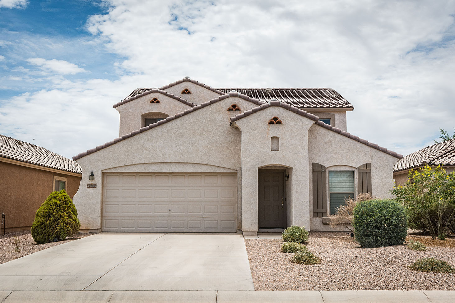 Short sale in senita least expensive home in maricopa for Least expensive house