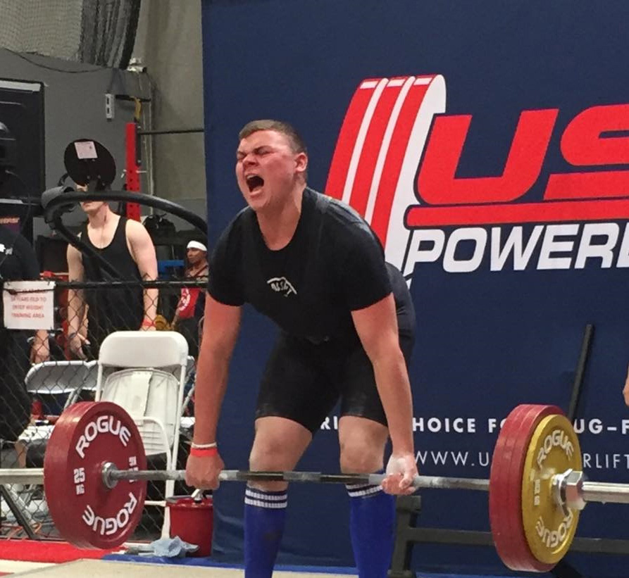 Teen powerlifter beats own state records, qualifies for