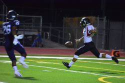 mhs-fb-at-higley_092719_13-2