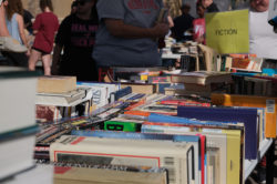library-book-sale_101219_norby-7-2
